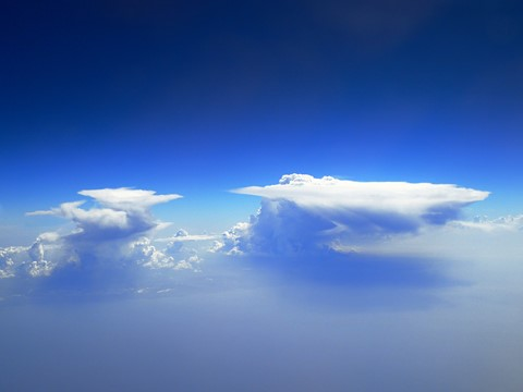 Clouds over Cuba_x
