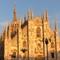 il duomo di milano: The dome of Milano in the evening sun in autumn