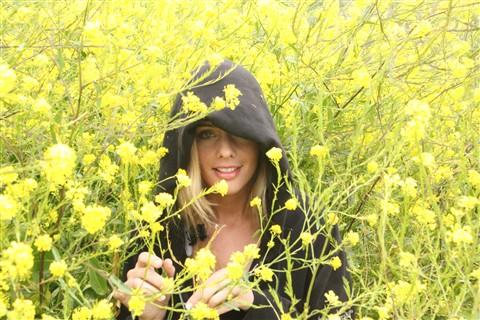 MustardHood1