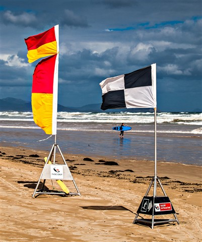 Waratah Bay Flags