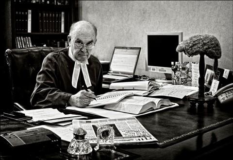 Judge 1 8px