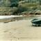 Spiaggia con scialuppa