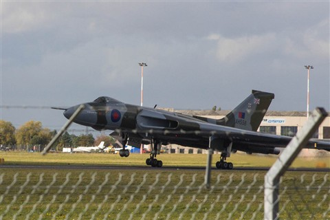 XH558 @ Robin Hood, Doncaster