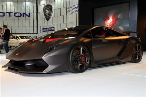 Lamborghini Sesto Elemento 7D