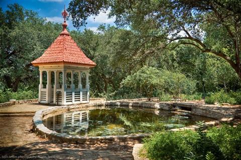 Charmant Botanical Gardens, Austin, TX