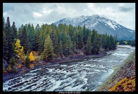 P4293013f a river in Banff