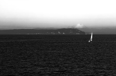 Sailboat andthe mountain-web