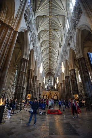 131_Westminster_Abbey_nave