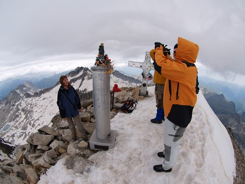 Aneto's summit