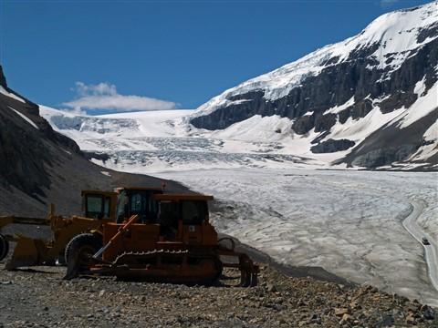 Athabasca Glacier Bus