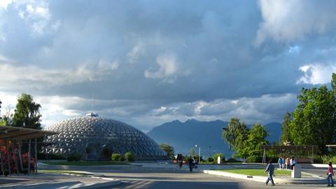 Bloedel Conservatory in QueenElizabeth Park, Vancouver, BC.