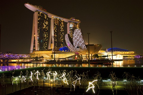 Light Dancing in Marina Bay