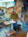 Volterra alabaster craftsman_DSF5133i