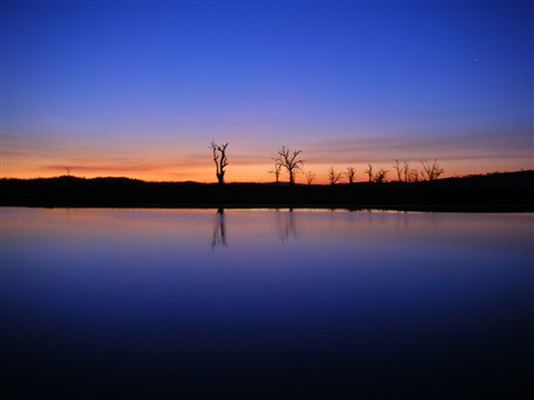 Lake Hume Sunset