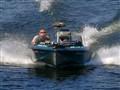 Bassboat headon v2