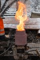 "Working on the rail of the train: welding with a ""portable"" forge for single use"