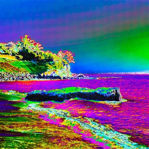 20120421@071844-scotts-point-from-beach-beneath-gayundah-esplanade-psychedelics-768px