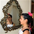 Mirror idol
