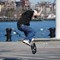 09_skateboarder2