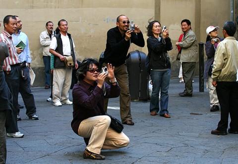 tourists_yani