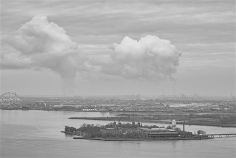 Clouds over Ellis Island 1V1-2212 CEP4 SEP BW