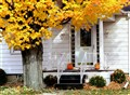 porch_autumn