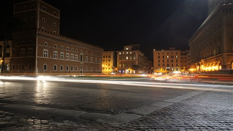Piazza Venezia - night