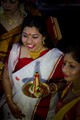 Laal paar shaada sari (classic Bengali sari)