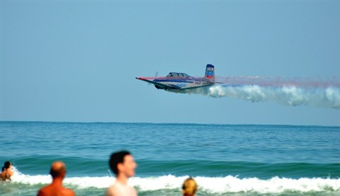 AIRSHOW ON THE BEACH