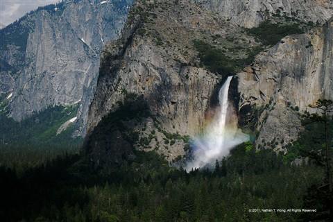 Yosemite-Bridal-Veil-Falls-closeup-cp