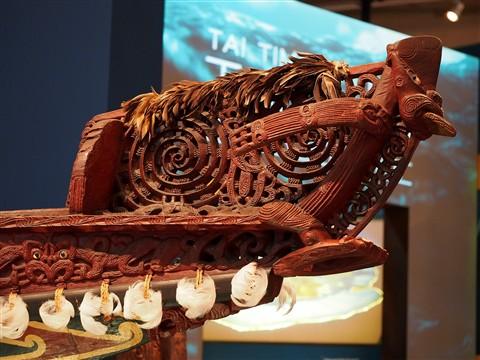 Waka taua (war canoe) - Te Papa Museum of NZ