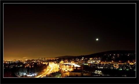 Night_urban_landscape
