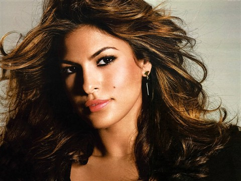 Eva-Mendes-Wallpapers-2010-5