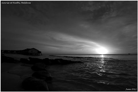 The dawn at Reethi Beach