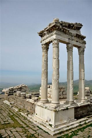 Bergama Traianus Tapınağı-9