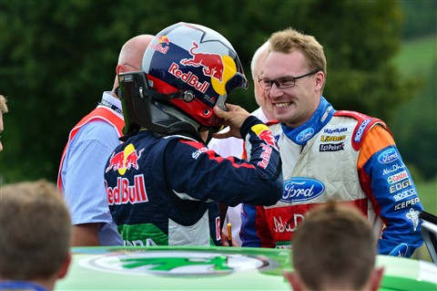 Jari-Matti Latvala chats with Juho Hänninen while the latter gets ready for the ADAC Rally Deutschland shakedown stage.