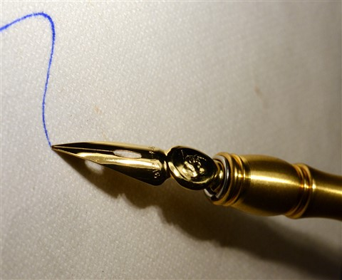 Golden nib