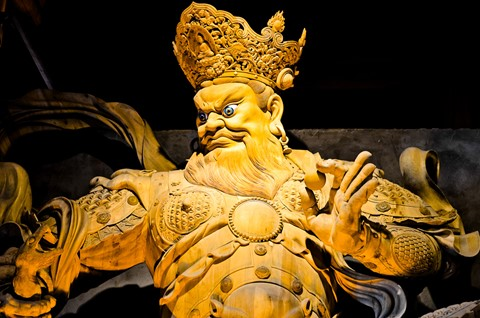 Chinese deity big statue