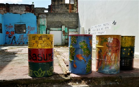 """Graffitti"" Trash Barrels - Panama City."