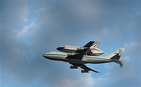 Endeavor Departing Kennedy Space Center