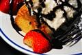 DSC_0550_AngelFood_Strawberries_tone