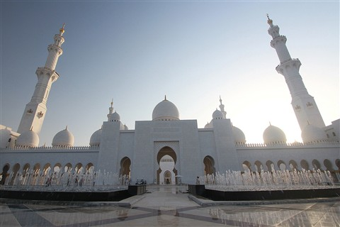 Sheikh Zayed Grand Mosque Abu Dhabi - Outside
