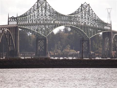 Main span Coo's Bay OR