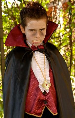 Dracula... is back