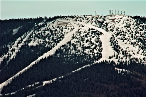 2012-02-01_16-22-18 • NEX-5N + NEX-R+APO 2x+APO 1.4x+R-V 14127+Telyt 560mm f5.6 = 235.2mm - S.F.Ski.Area Detail_00_l
