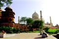 Alone-- Under the Shadow of Taj Mahal