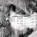 Slovenia, Predjama Castle