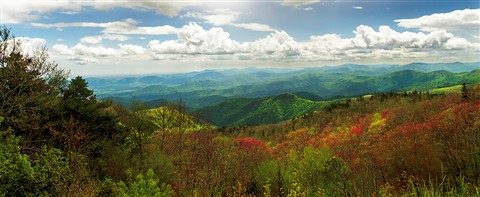 Blue Ridge Mts & Sky pano 12 bright 1200px w